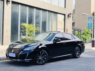 丰田皇冠 2018款 2.0T 时尚版