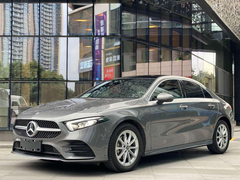 奔驰A级 2020款 A 200 L 运动轿车